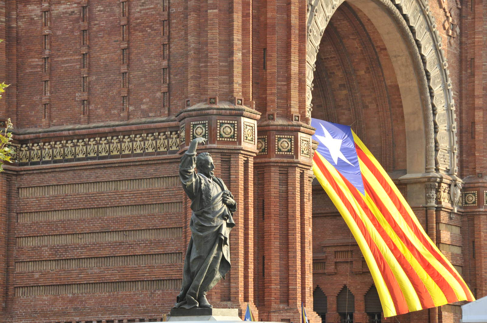 image from A New Farewell to Spain? Catalonia, the Spanish Crisis, and the Echoes of 1898
